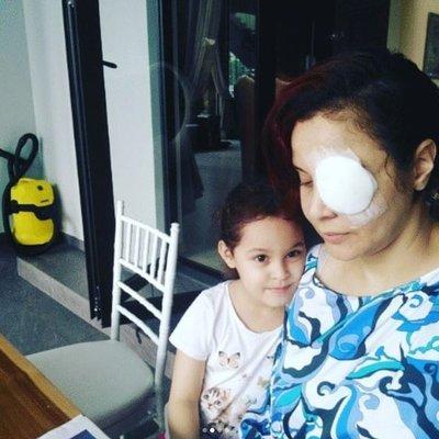 Mata Hitam Betty Benafe Tertusuk Pemainan Anak Tetap Positif Dan Bersyukur Dengan Dugaan