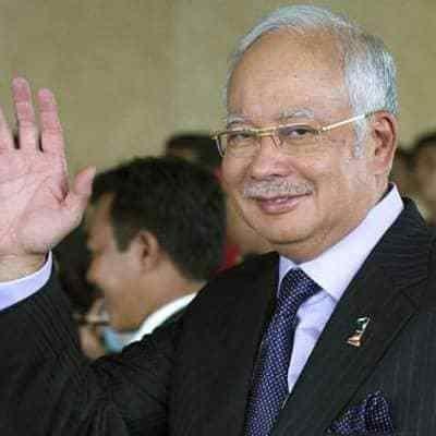 Mengejutkan Sebanyak 600 Muka Surat Dokumen Untuk Perbicaraan Rosmah