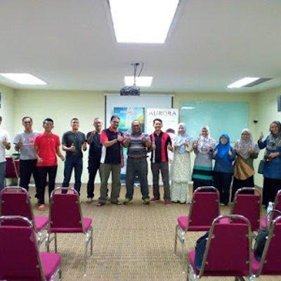 Menghadiri Seminar Percuma Business Opportunity Presentation Public Gold