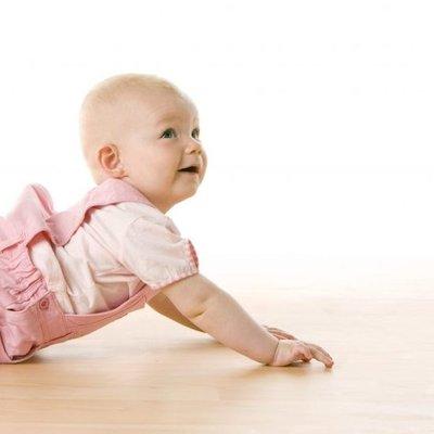 Merangkak Banyak Kelebihannya 5 Tip Anda Boleh Galakkan Bayi Merangkak
