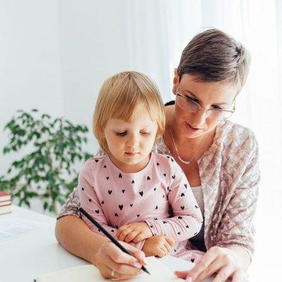 Mudahnya Ajar Menulis Hanya Ikuti Empat Langkah Ini Pasti Anak Suka Menulis
