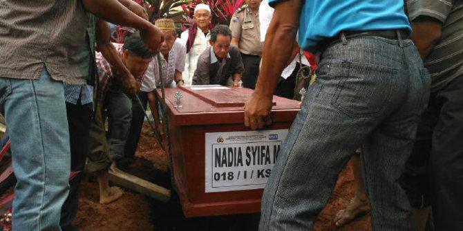 Nadya Korban Zahro Express Baru Pertama Kali Naik Kapal Laut