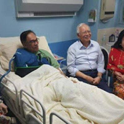 Najib Bebaskan Anwar Jika Anak Jantan Bukan Berani Pantun