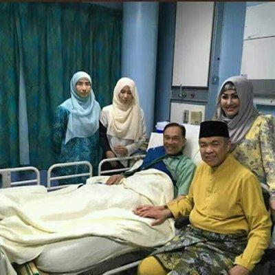Najib Dan Zahid Lawat Anwar Banduan Politik