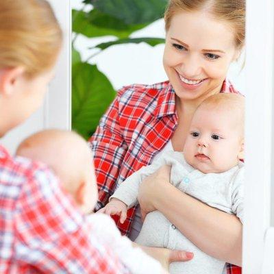 Nak Tahu Bayi Sukakan Anda Atau Tidak Perhatikan 8 Tanda Dia Obses Dengan Mama Papa