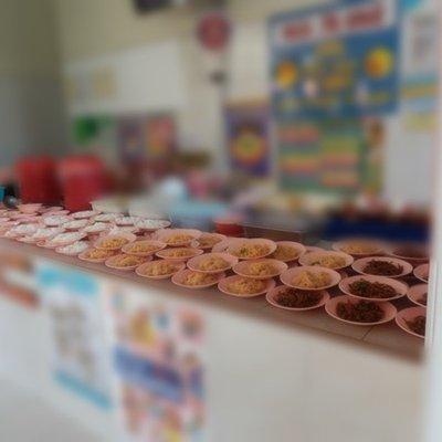 Nasi Dah Nak Basi Digoreng Letak Kicap Banyak Banyak Bagi Budak Sekolah Makan Bekas Kakitangan Kantin Sekolah