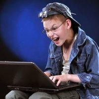 Online Scammer Itu Masih Berkulup