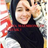 Panas Emma Maembong Di Kutuk