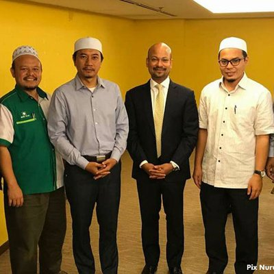 Pas Tell Us What Arul Said At Your 1mdb Meeting