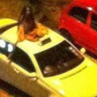 Penduduk Tak Sengaja Rakam Pontianak Atas Bumbung Teksi Lihat Fotonya Bila Di Zoomkan