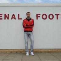 Penjaga Gol Petr Ech Sertai Arsenal Fc