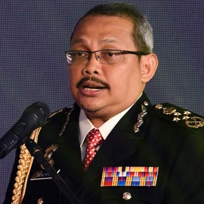 Perang Dalam Kem Najib