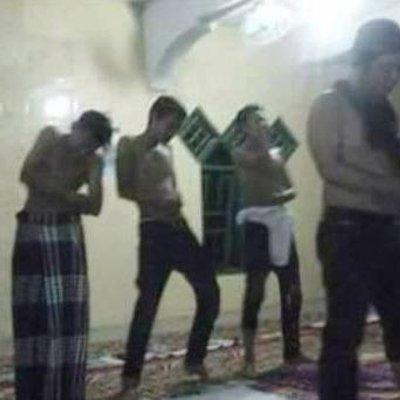 Permainkan Sholat Kelakuan Keji 5 Pemuda Ini Membuat Umat Islam Geram