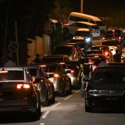 Polis Masuk Kondo Najib Di Pavilion Kl Geledah Empat Lokasi Lain