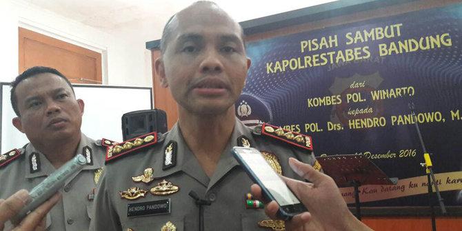 Polisi Akan Bubarkan Warga Bandung Yang Masih Kumpul Jam 01 00 Wib