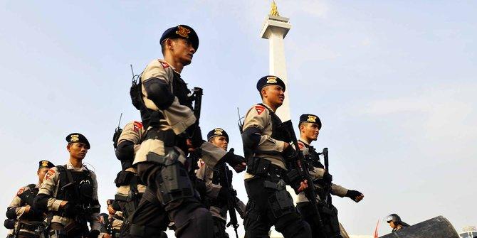 Polri Turunkan Pasukan Pengamanan Natal Tahun Baru Cegah Terorisme