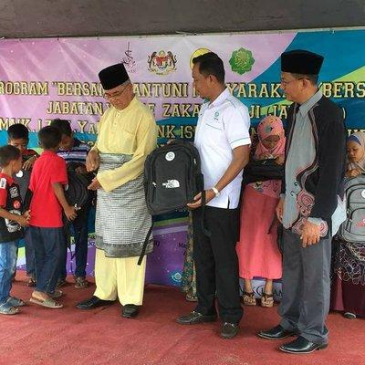 Program Bersama Santuni Masyarakat Di Pendang Kedah