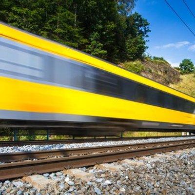 Pt Kai Sediakan 375 Perjalanan Kereta Api Saat Liburan Natal Dan Tahun Baru 2017