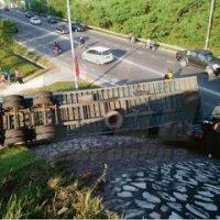Punca Treler Terjun Dari Jambatan Jelapang Ipoh