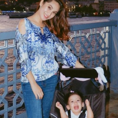 Ramona Kongsi 5 Tip Lalui Penerbangan Yang Lama Dengan Anak Kecil Mula Travel Jauh Dari Umur Anak 4 Bulan