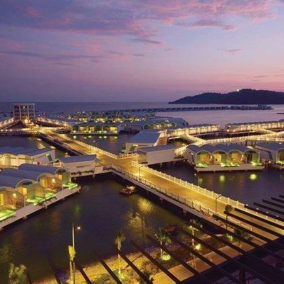 Resort Dan Vila Atas Air Grand Lexis Hibiscus Miliki Kolam Renang Terbanyak Di Dunia