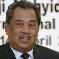 Rombakan Kabinet Akhirnya Muhyiddin Tersingkir