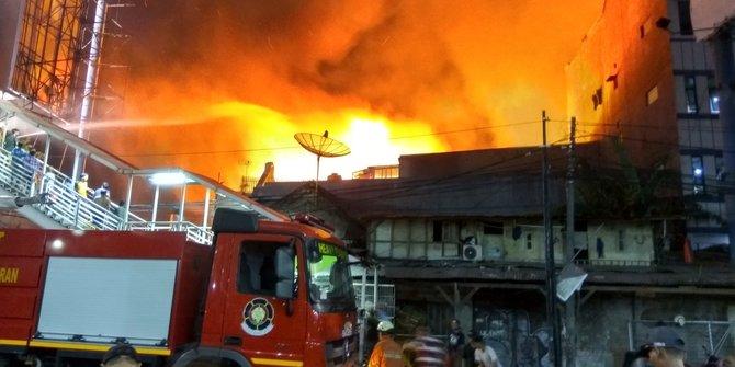 Rumah Tinggal Di Mangga Dua Jakbar Terbakar