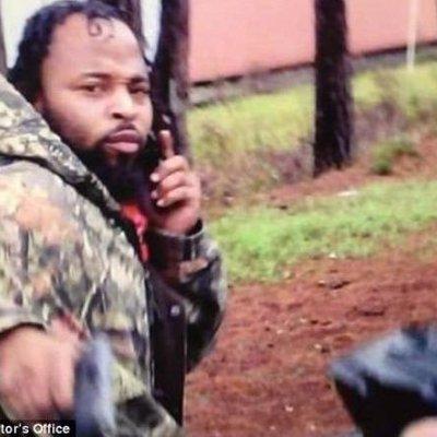 Saat Allah Belum Berkehendak Atas Kematian Seseorang Polisi Ini Masih Hidup Meski Sudah Tertembak 8 Kali