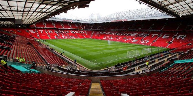 Sandi Akan Bangun Stadion Sekelas Old Trafford di Jakarta