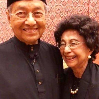 Satu Malam Teliti Lebih 200 Dokumen Tun Siti Hasmah Dedah Pengorbanan Tun M