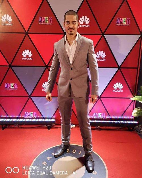 Sekitar Anugerah Meletop Era 2018 Ini 17 Fesyen Paling Menarik Perhatian Di Karpet Merah