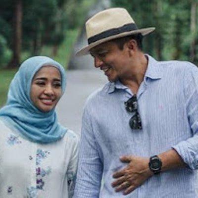 Selesai Majlis Nikah Engku Emran Suami Laudya Cynthia Bella Cuci Pinggan Sendiri