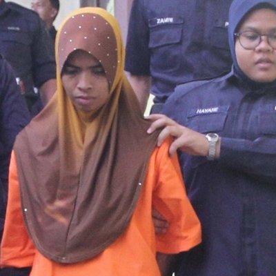 Suami Tenangkan Isteri Di Mahkamah Biarpun Hadapi Pertuduhan Kelar Anak Sehingga Mati