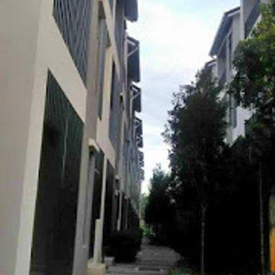 Suka Tengok Lanskap Di Crescent Park Townvilla