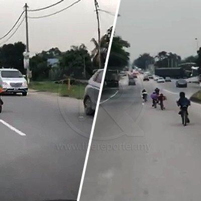 Tak Sayang Nyawa Ke Dik Sekumpulan Remaja Main Basikal Lajak Di Tengah Jalan