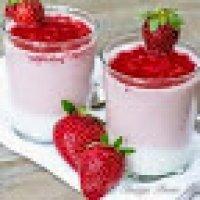Tips Sihat Dengan Yogurt Dan Strawberi
