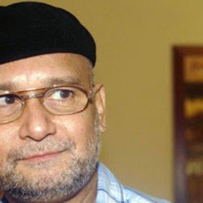 Tunku Aziz Gesa Tun M Perjelas Dakwaan Raja Petra