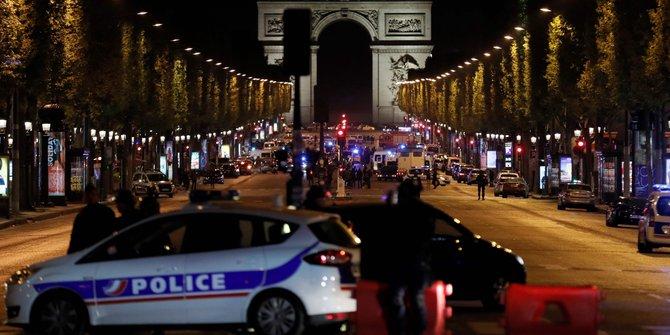 Video Detik Detik Penembakan Di Paris