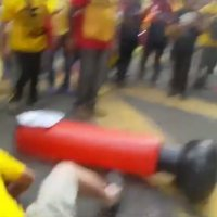 Video Peserta Bersih 4 0 Tendang Perdana Menteri