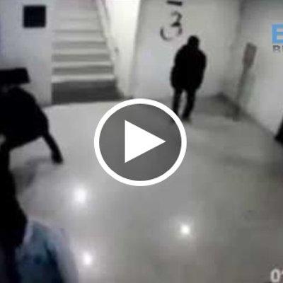 Viral Tengok Aksi Pakguard Bersilat Membelasah 4 Orang Perompak
