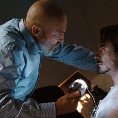 Watak Obadiah Stane Dalam Iron Man Tidak Penting Sebelum Skrip Dipinda