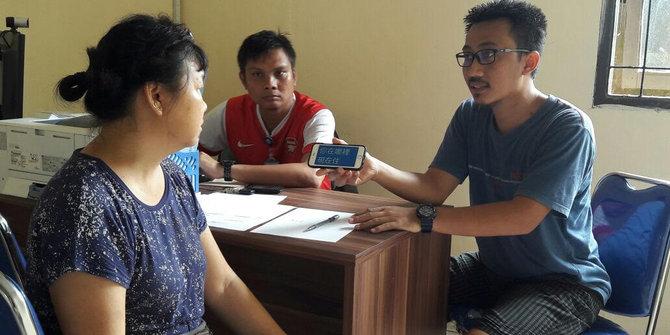 Wn China Pemegang Visa Kunjungan Ketahuan Dagang Cincin Imitasi