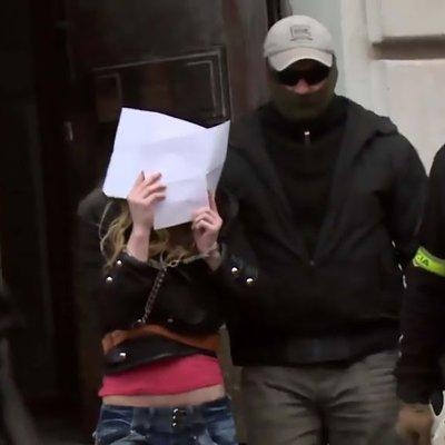 Ya Allah Wanita Slovakia Ini Robek K3ncingi Dan Bakar Al Qur An Lihat Azab Yang Menimpanya