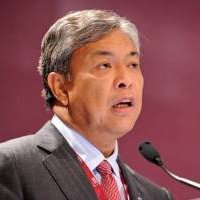 Zahid Instructs Police To Investigate Rumours That Social Media Will Be Shut Down